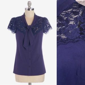 ⭐️ NEW ARRIVAL Tie Neck Lace Yoke Navy Blouse 2X